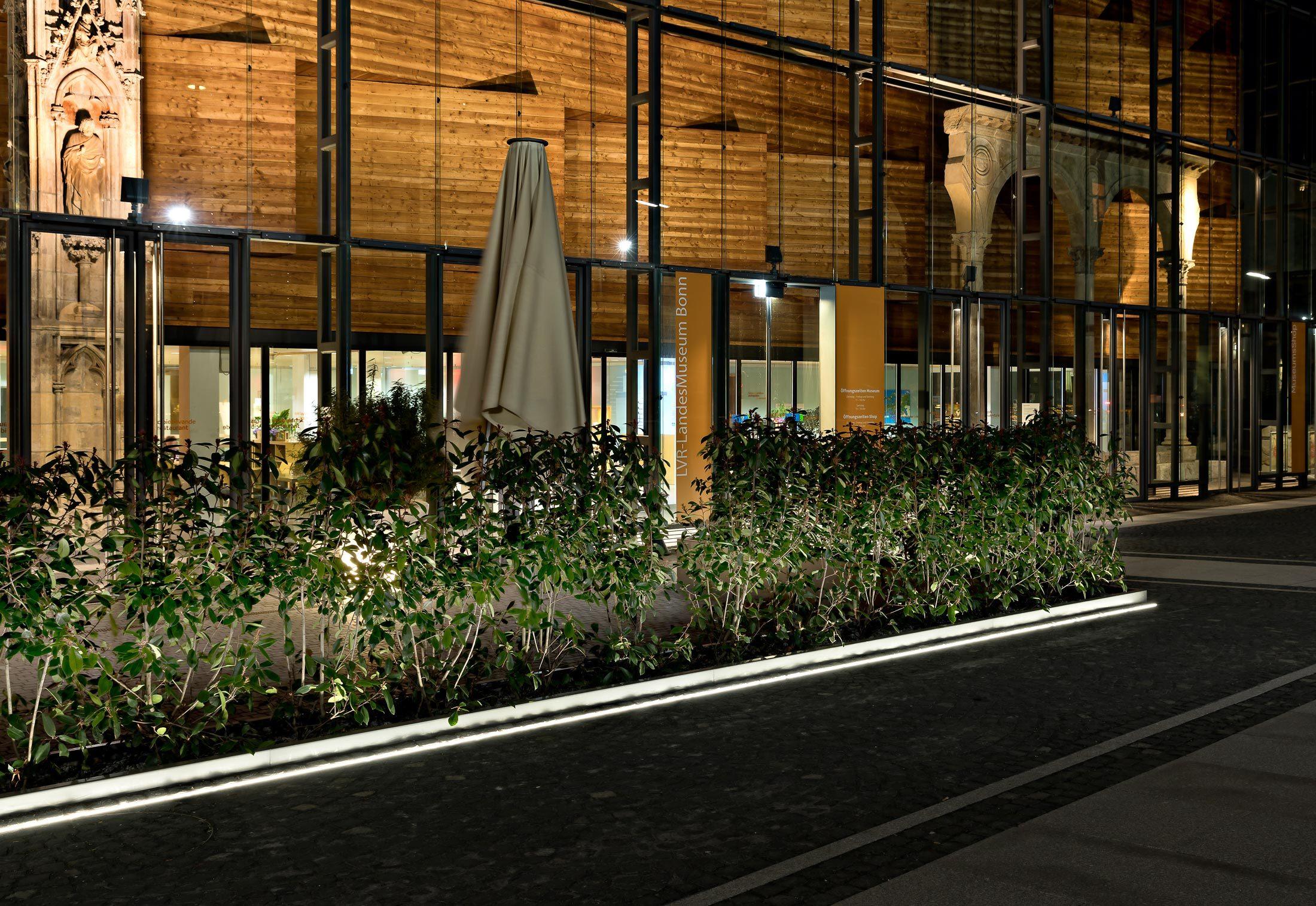 LED-LichtLinie   von  ADO Lights