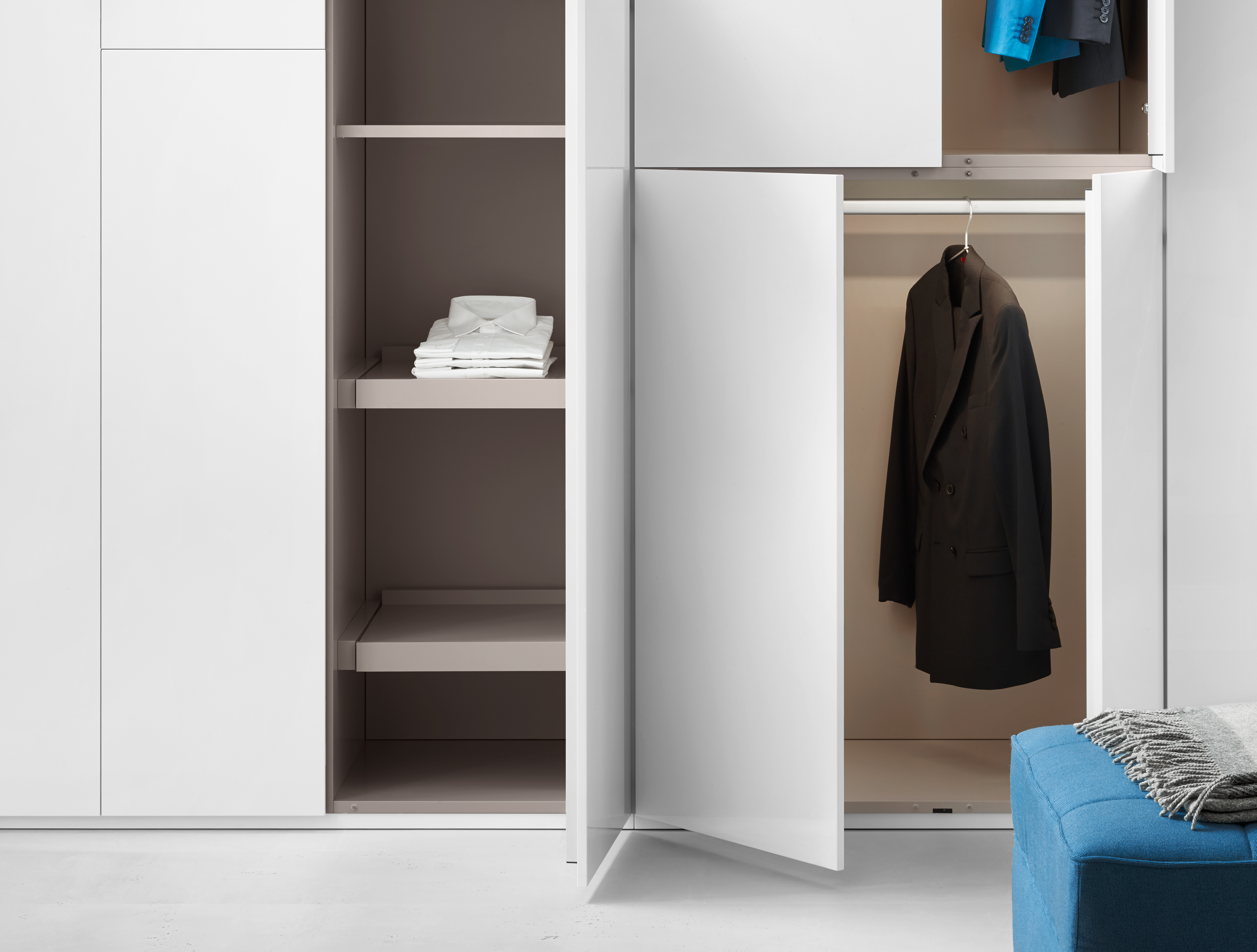 Line cabinet by Piure | STYLEPARK