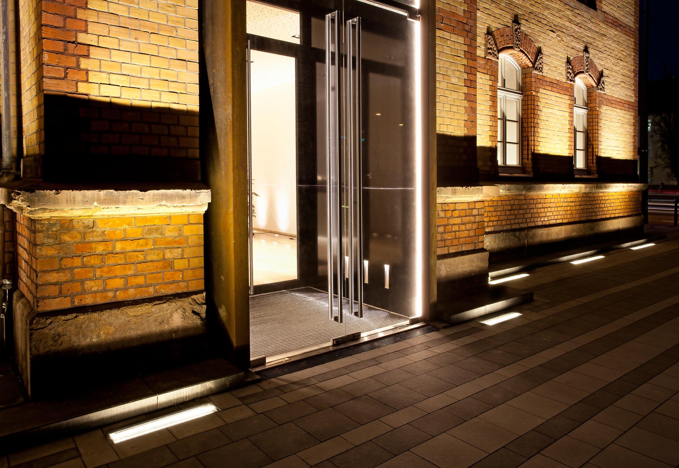 Led Ground Level Spotlight By Ado Lights Stylepark