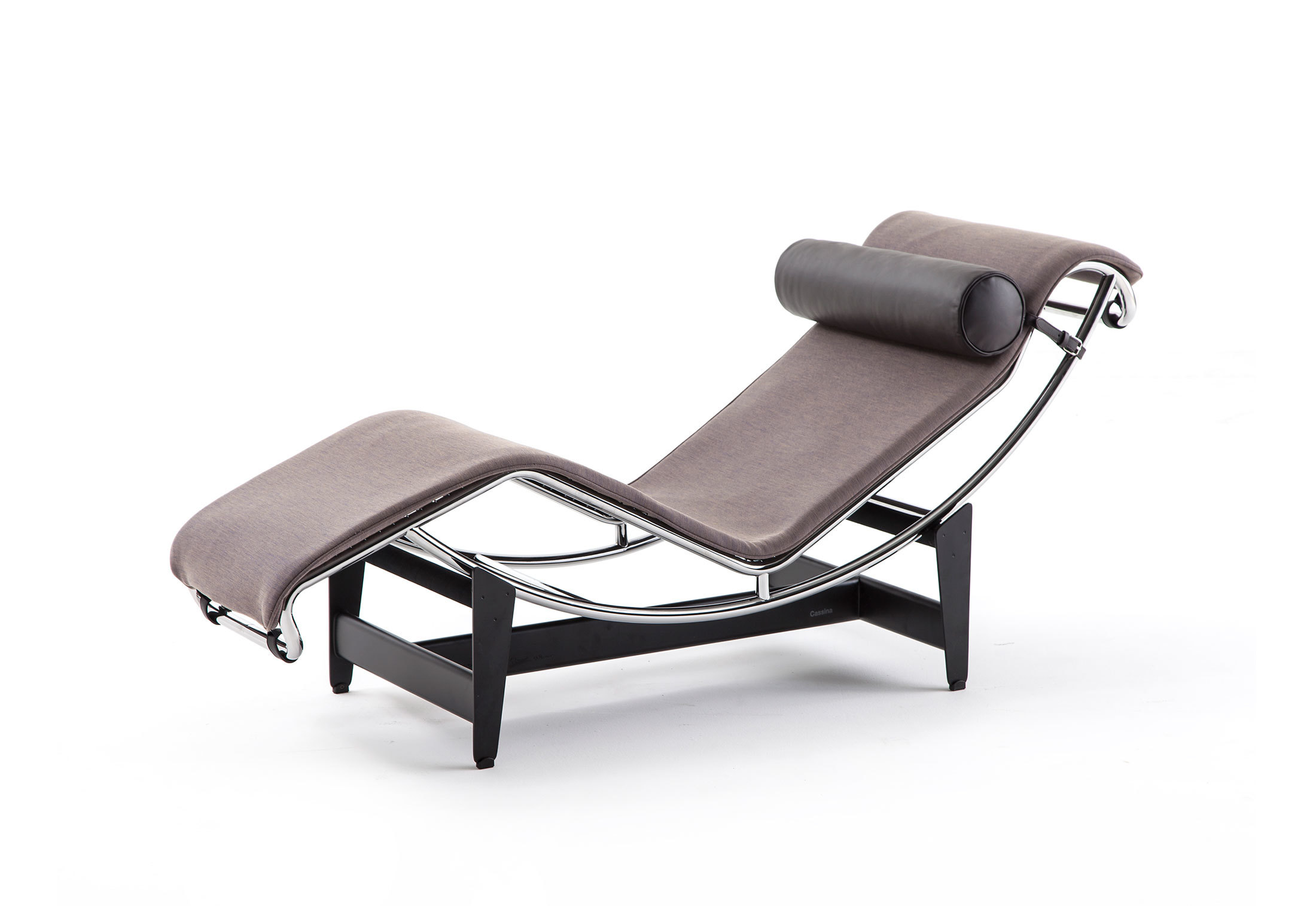 Lc4 villa church chaise longue by cassina stylepark for Chaise longue cassina