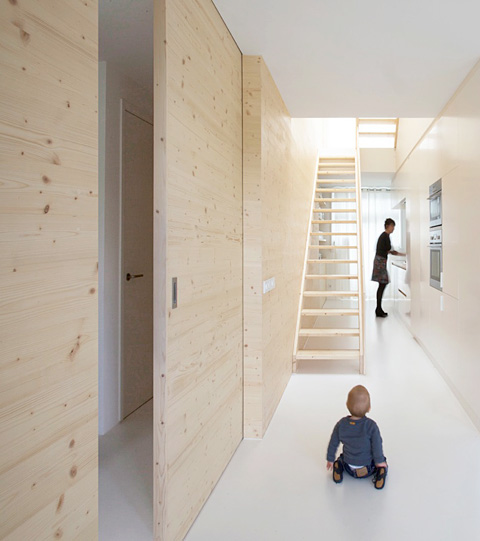 holzverkleidung innen weiss die neuesten innenarchitekturideen. Black Bedroom Furniture Sets. Home Design Ideas