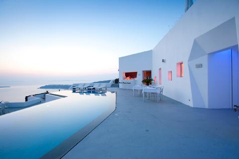 Am hang gebaut grace santorini hotel von divercity und for Griechenland design hotel