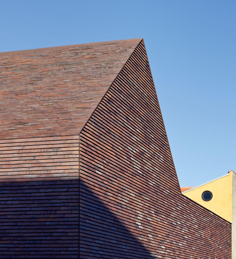 Bricks From Top To Bottom Stylepark