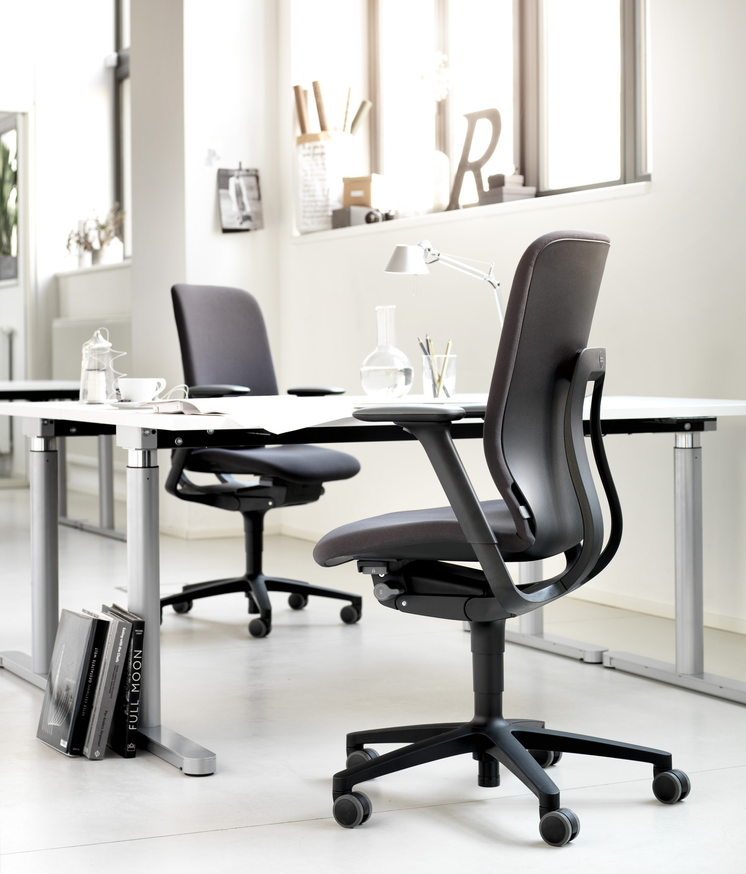 wilkhahn on preis beautiful sessel aus teak von wilkhahn er er set with wilkhahn on preis. Black Bedroom Furniture Sets. Home Design Ideas
