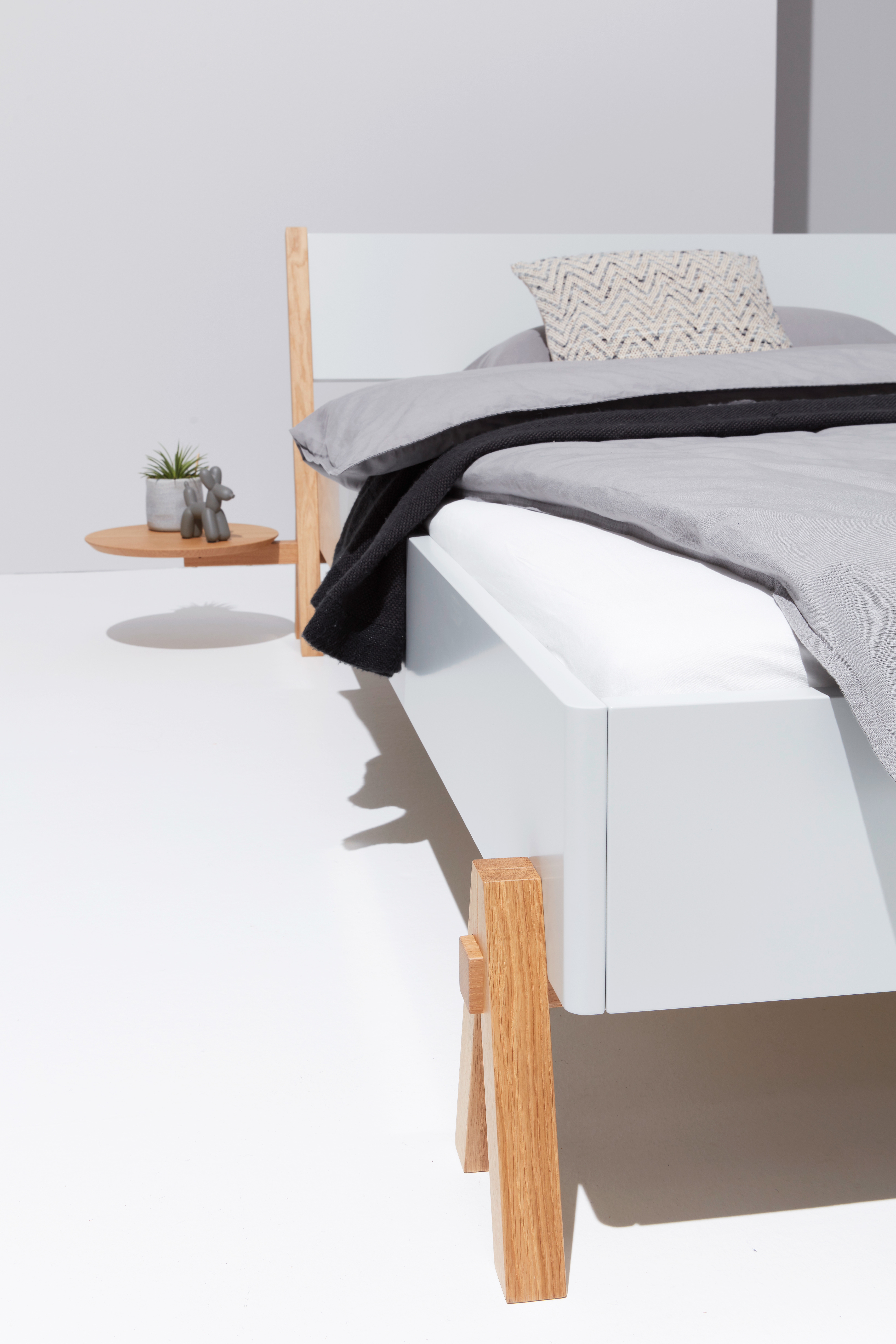 BOQ bed by Müller small living | STYLEPARK