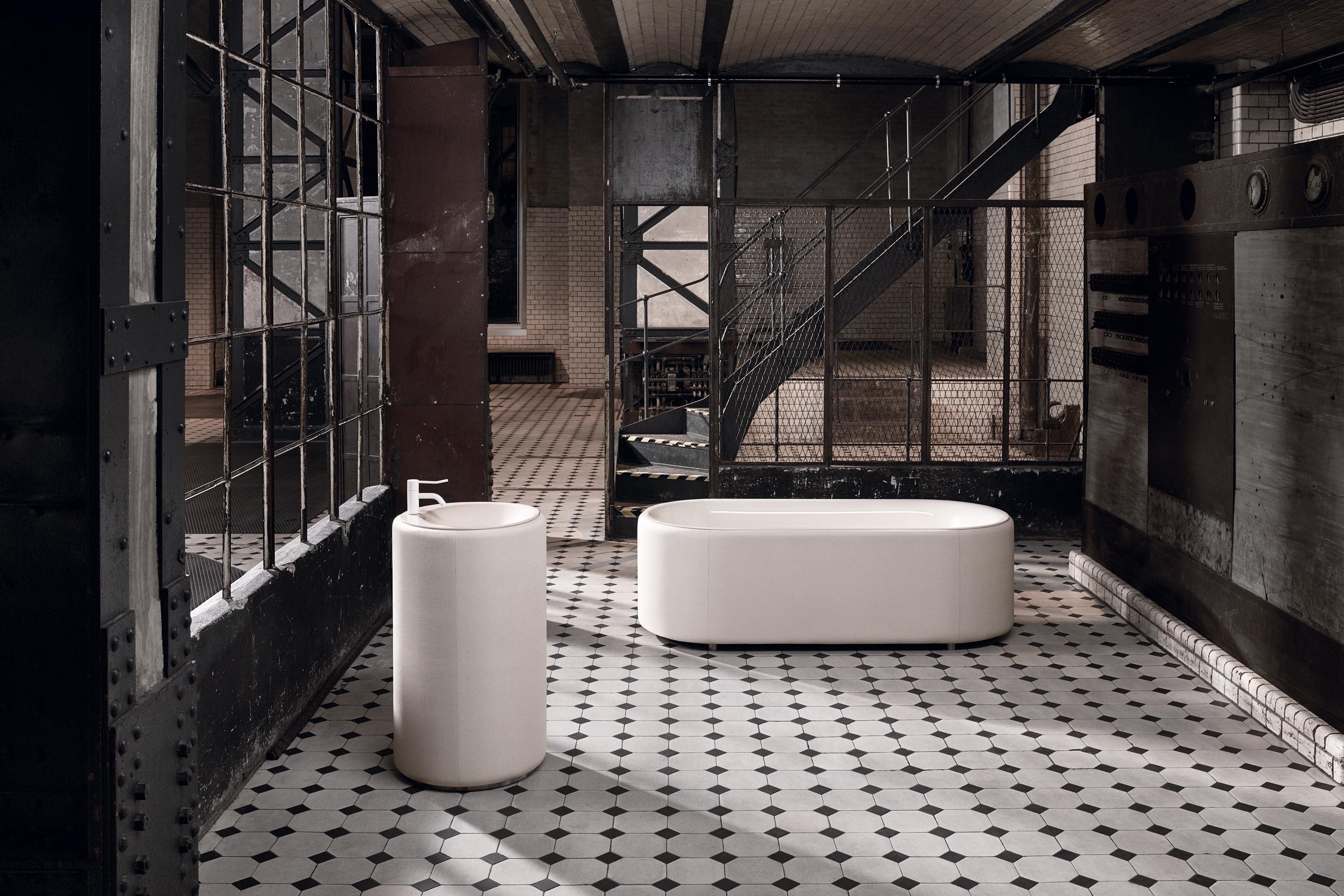 BETTELUX OVAL COUTURE Waschtisch von Bette | STYLEPARK