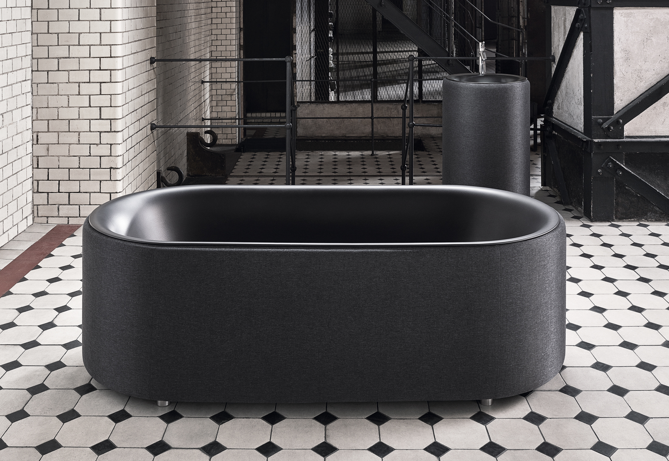 bettelux oval couture free standing bath by bette stylepark. Black Bedroom Furniture Sets. Home Design Ideas