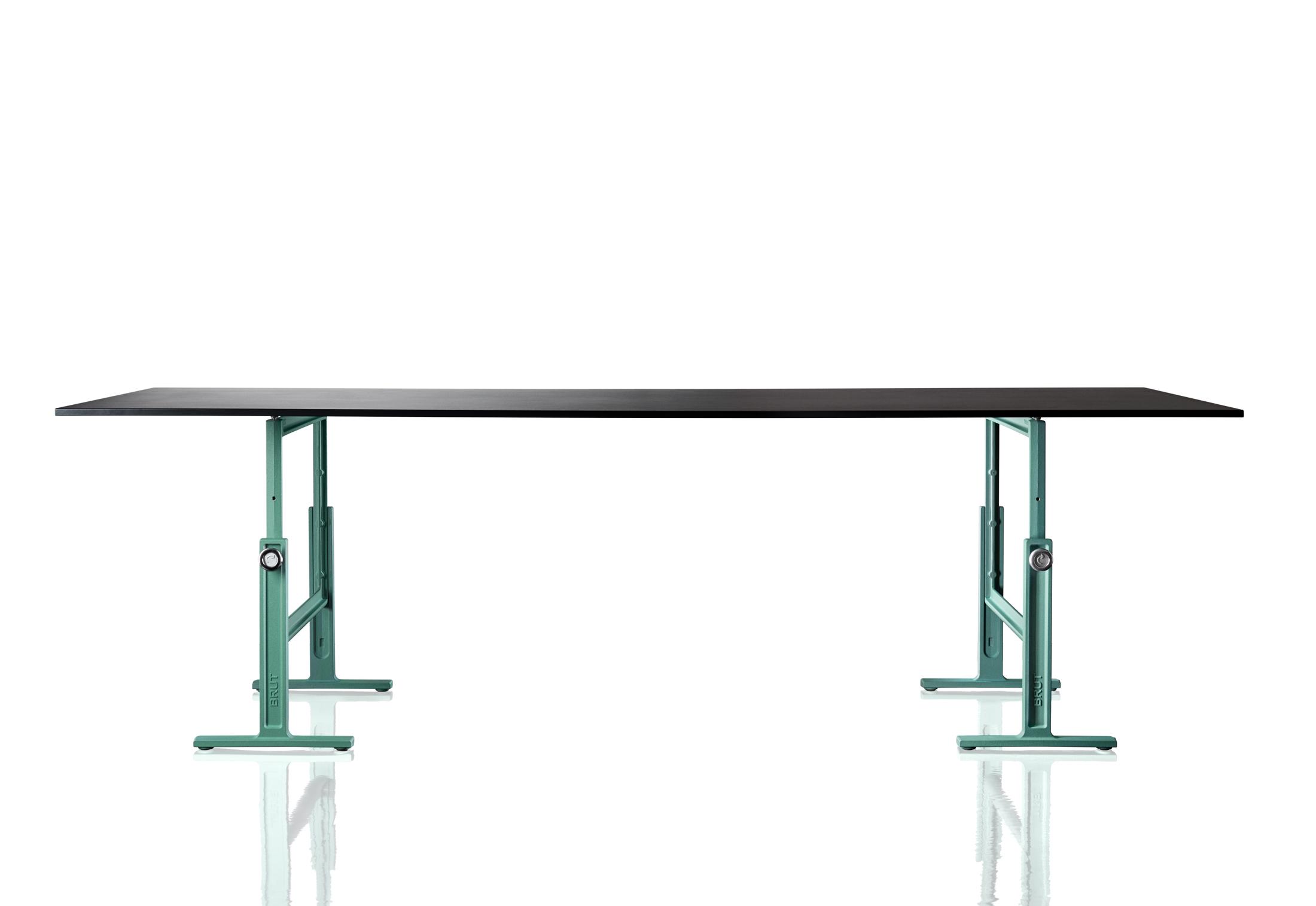 Brut Höhenverstellbarer Tisch Von Magis Stylepark