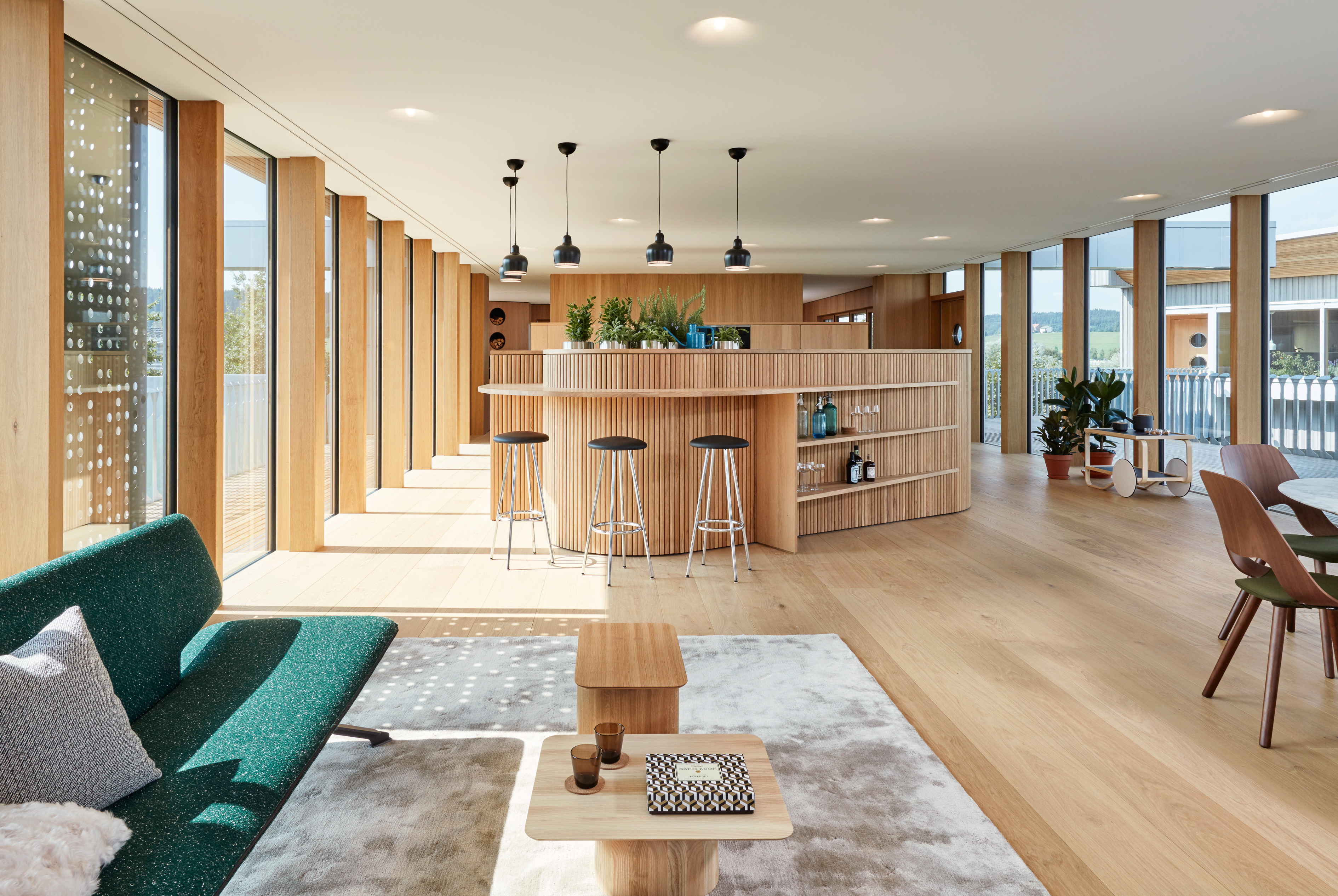 Attractive The Rooms Were Given A Pleasant Neutrality By Alfredo Häberli With Light  Wood Which Increases The Possibilities Of Flexible Use.