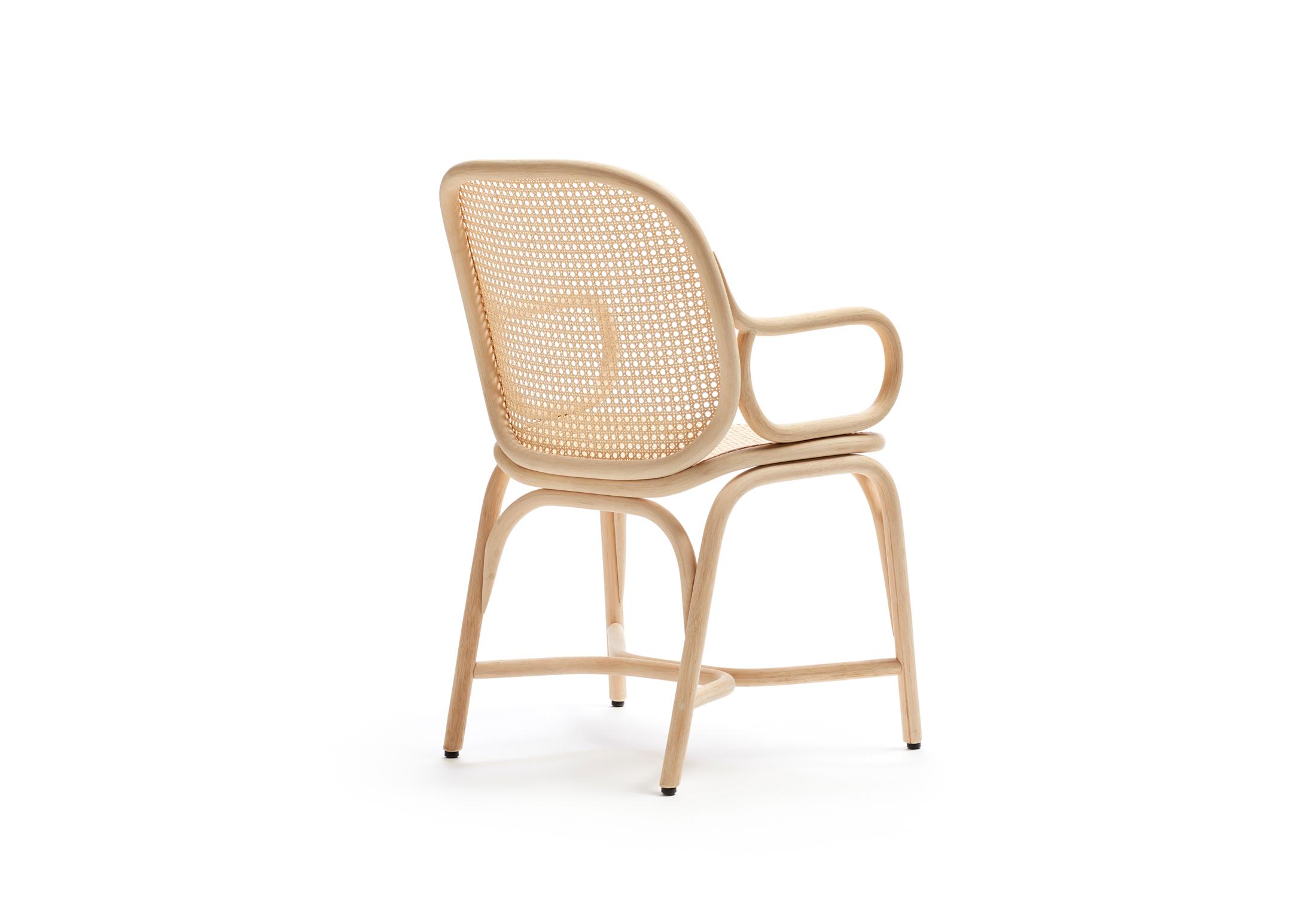 frames stuhl mit armlehne fussgestell in rattan t041 t. Black Bedroom Furniture Sets. Home Design Ideas