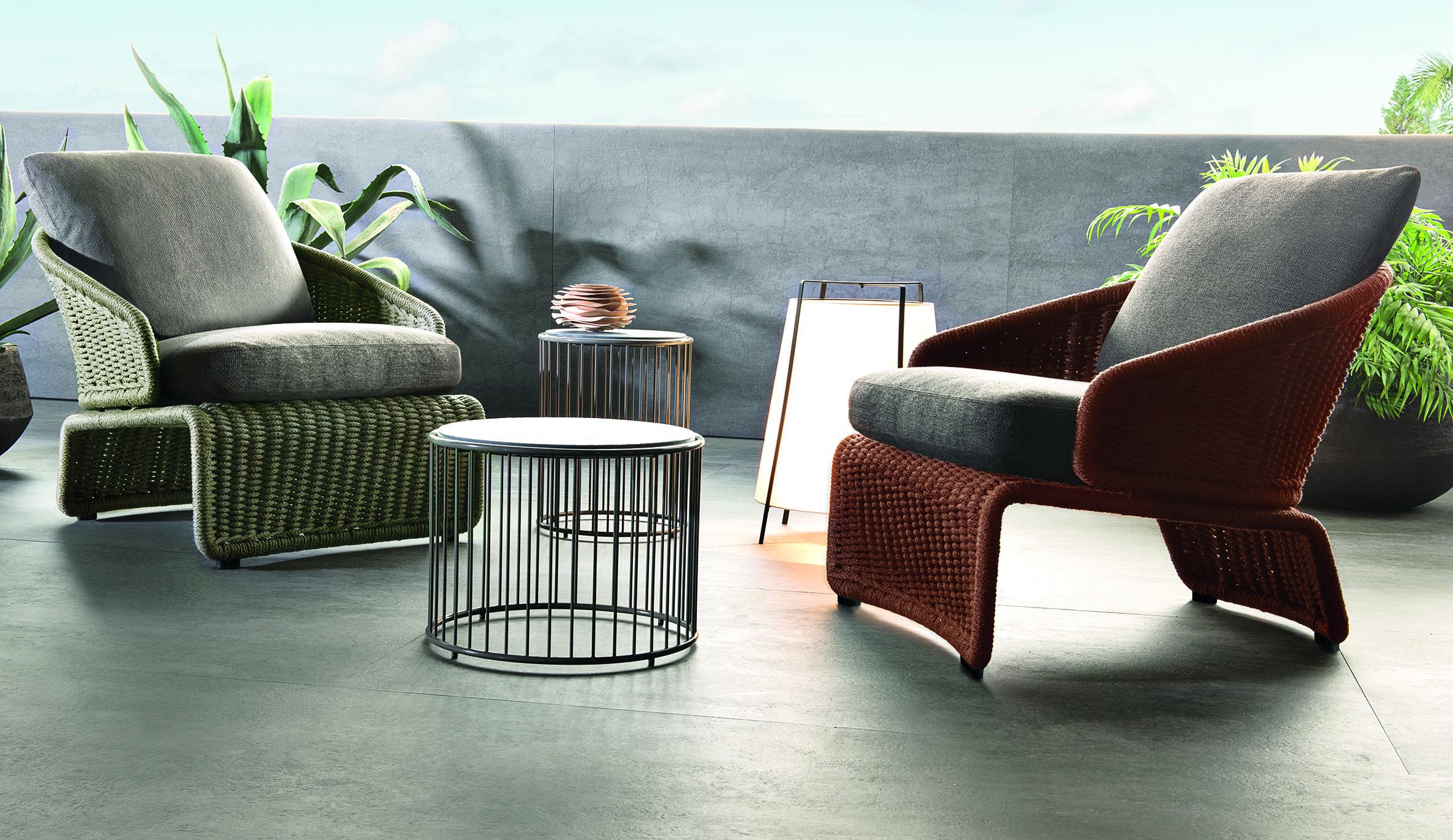 halley sessel outdoor von minotti stylepark. Black Bedroom Furniture Sets. Home Design Ideas
