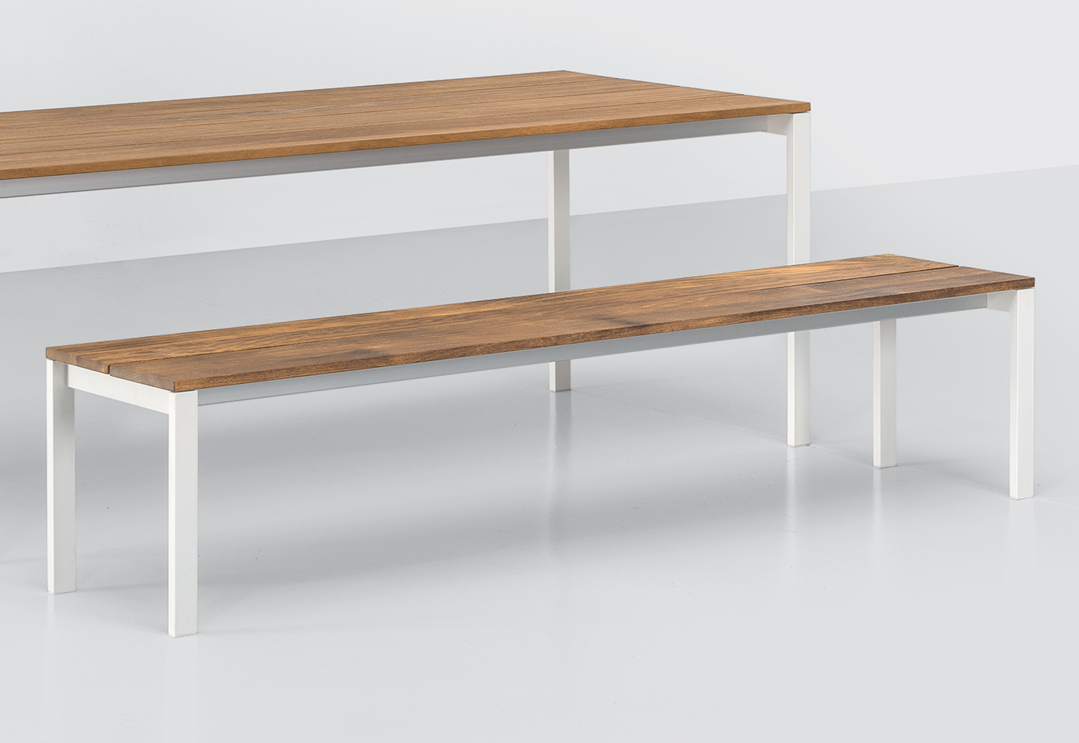 Swell Be Easy Slatted Bench By Kristalia Stylepark Ncnpc Chair Design For Home Ncnpcorg