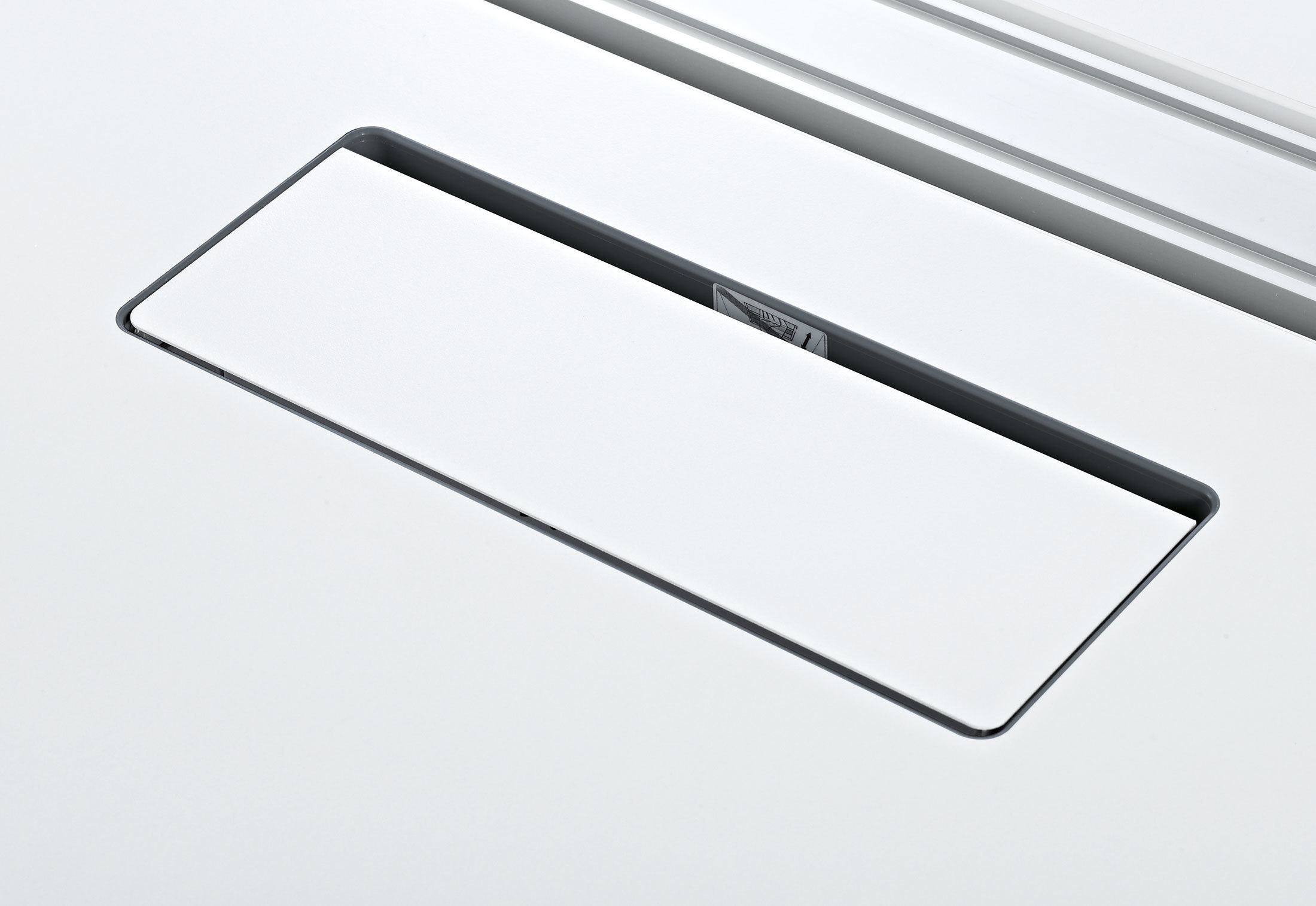 Integrated Top Access by Steelcase | STYLEPARK