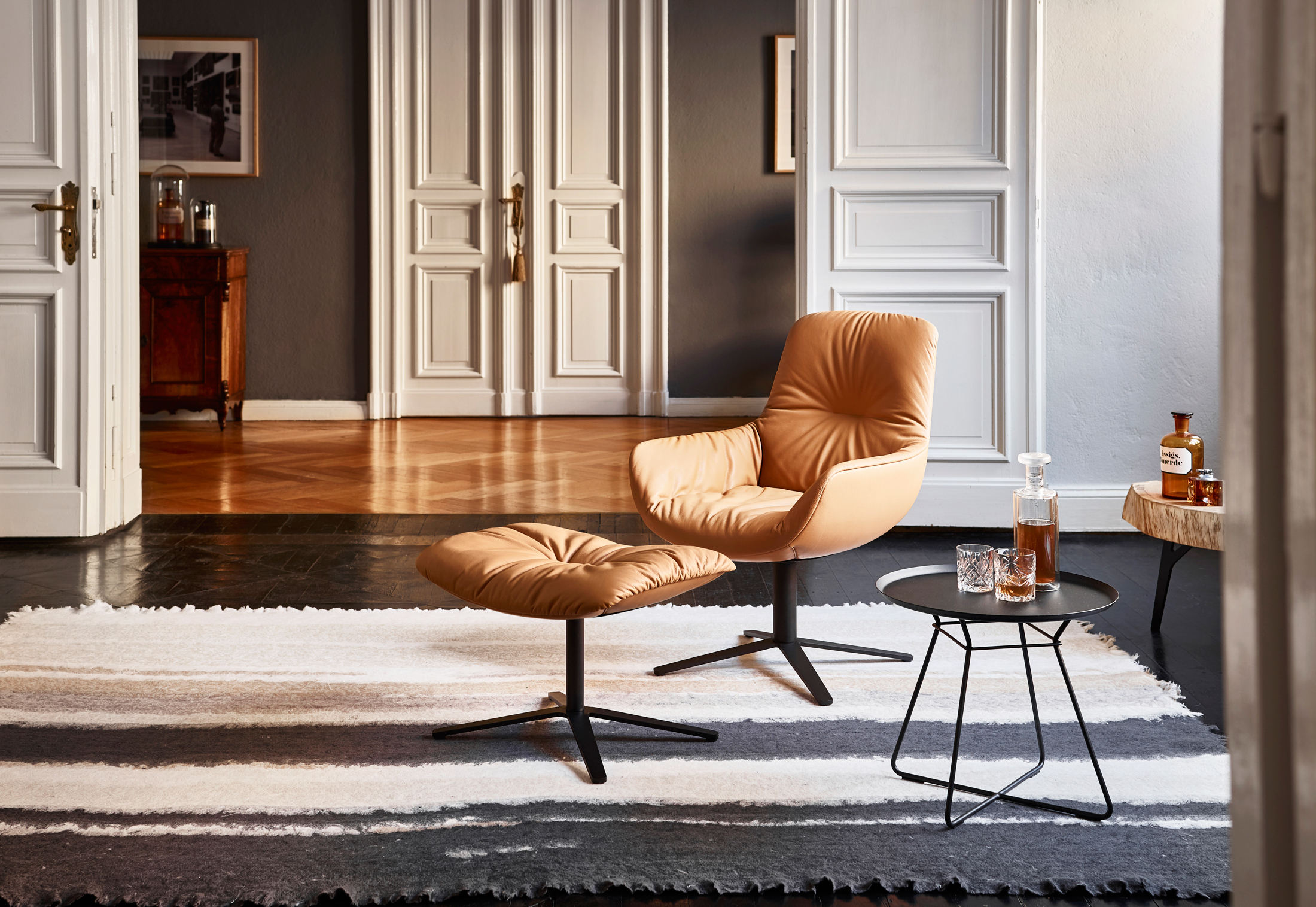 Leya Lounge Chair With X Base Frame By Freifrau Stylepark