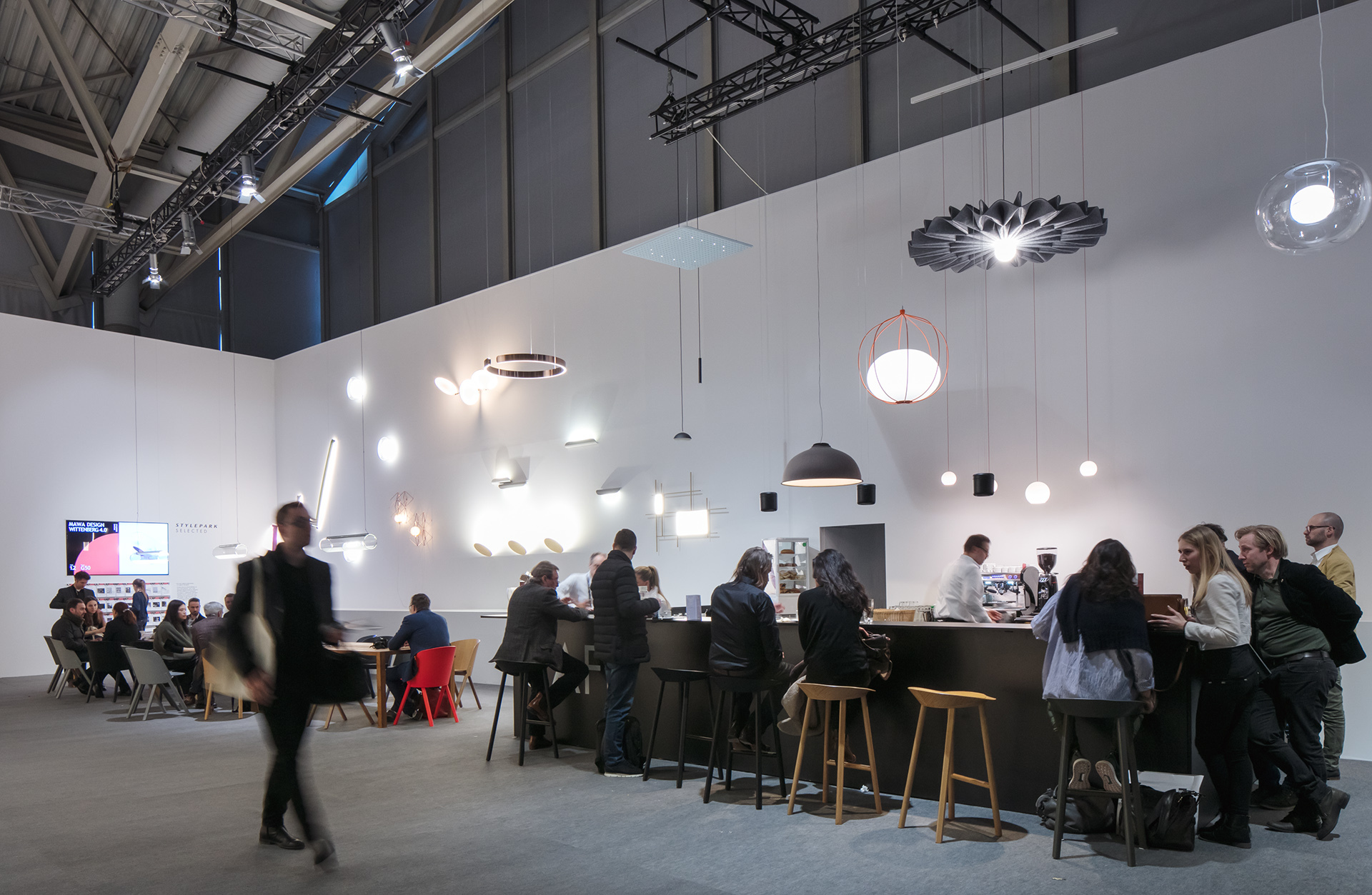 der stand von stylepark selected auf der light building. Black Bedroom Furniture Sets. Home Design Ideas
