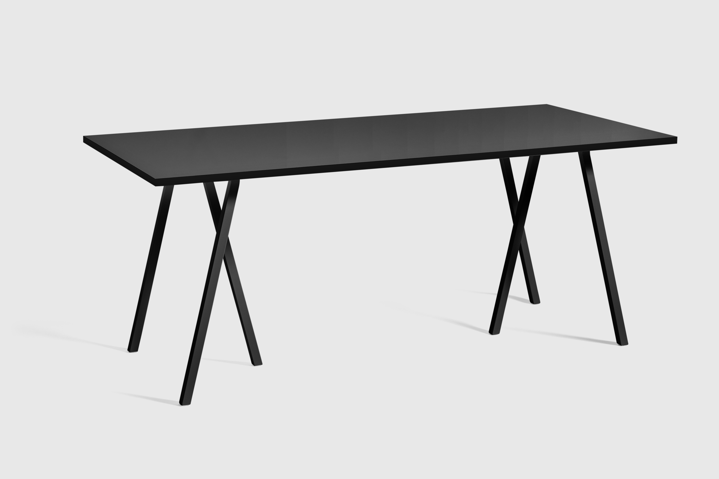 loop stand table von hay stylepark. Black Bedroom Furniture Sets. Home Design Ideas