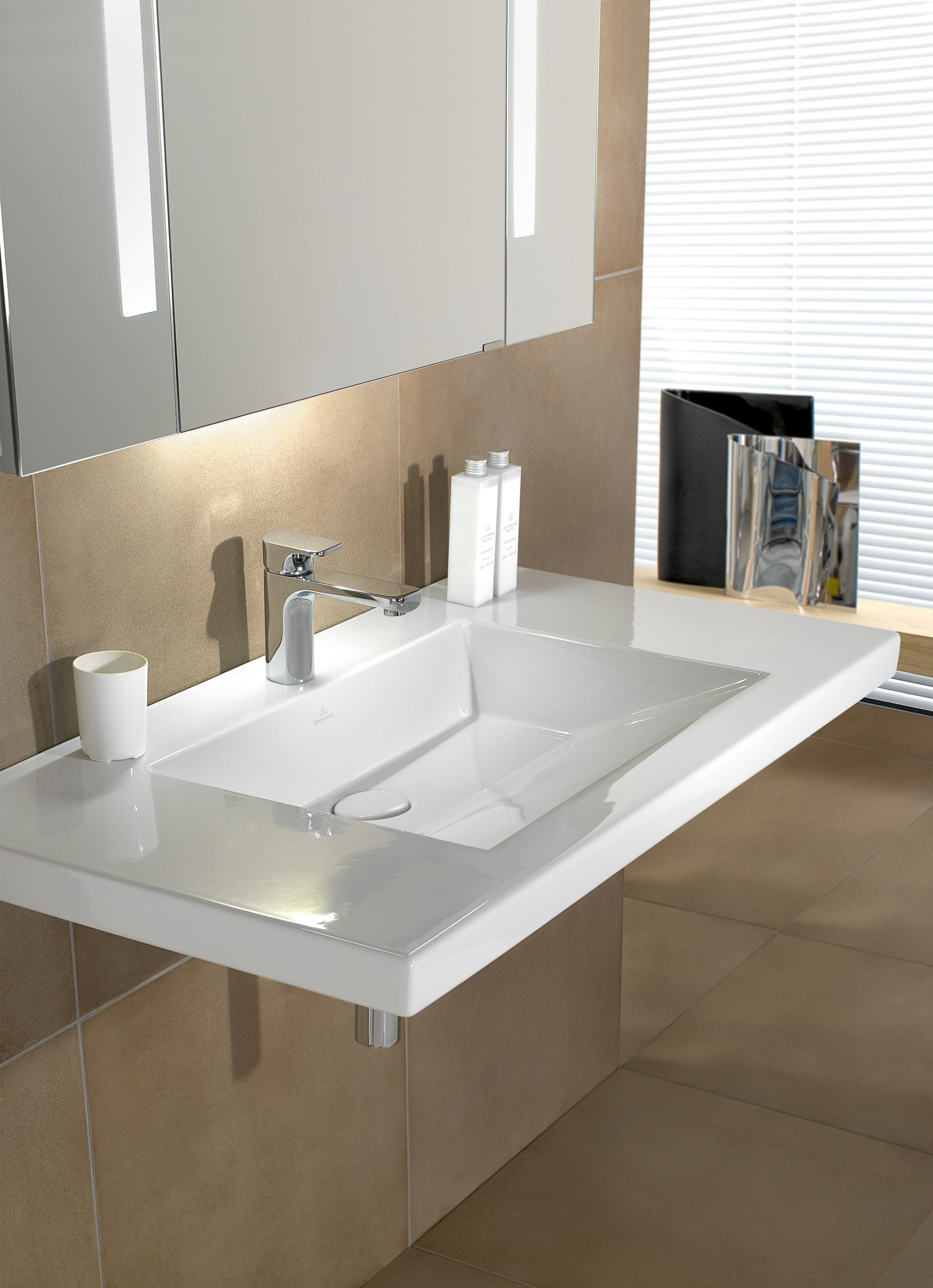 metric art schrankwaschtisch von villeroy boch bad wellness stylepark. Black Bedroom Furniture Sets. Home Design Ideas