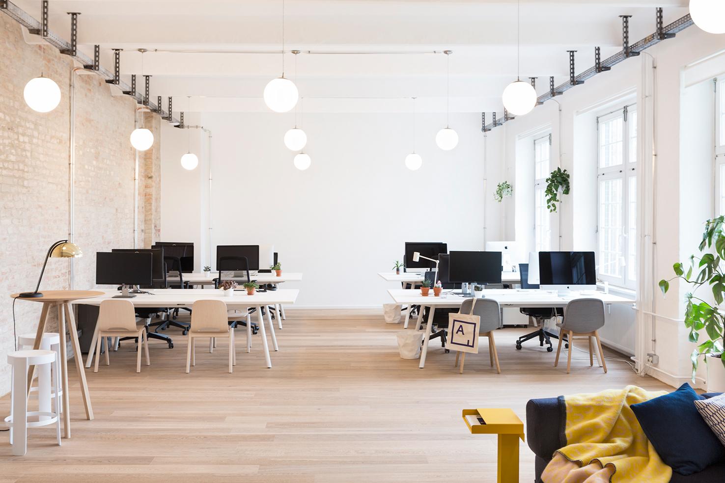 Das Designstudio New Tendency stattet die Büroräume von Artsy aus ...