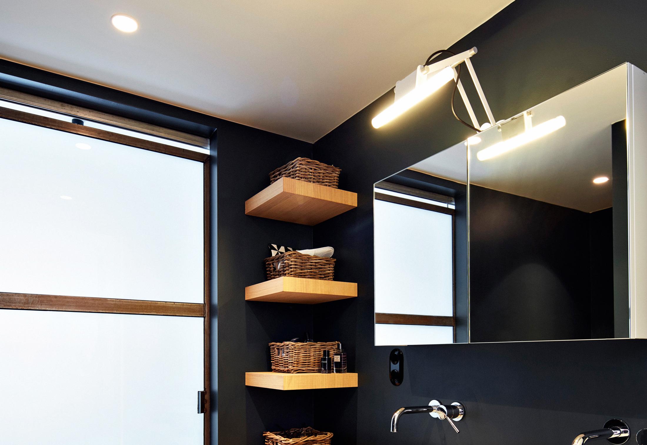 Modular Nomad Lamp : Nomad linestra by modular lighting instruments stylepark