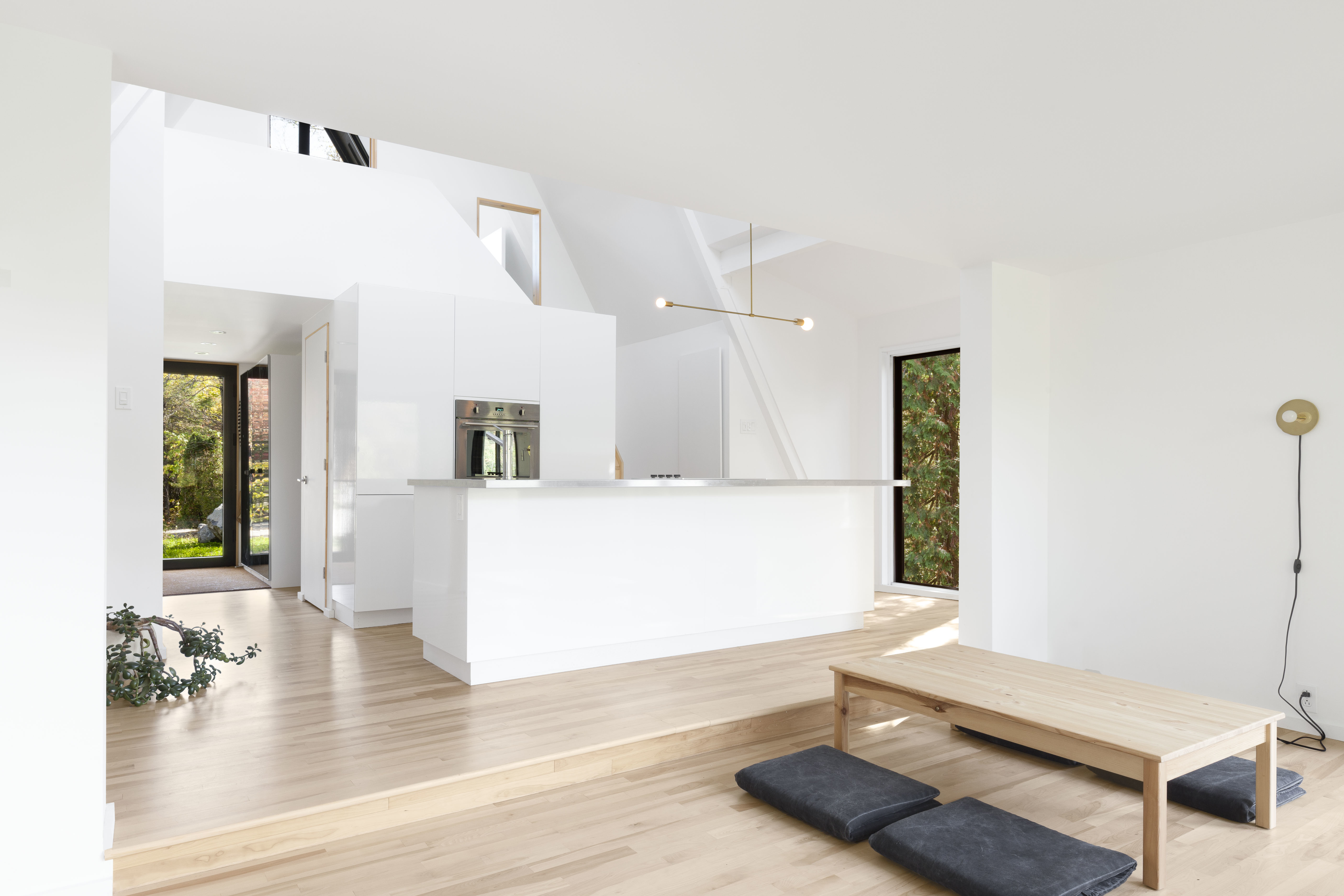 Conversion of an A-frame house by Jean Verville   STYLEPARK