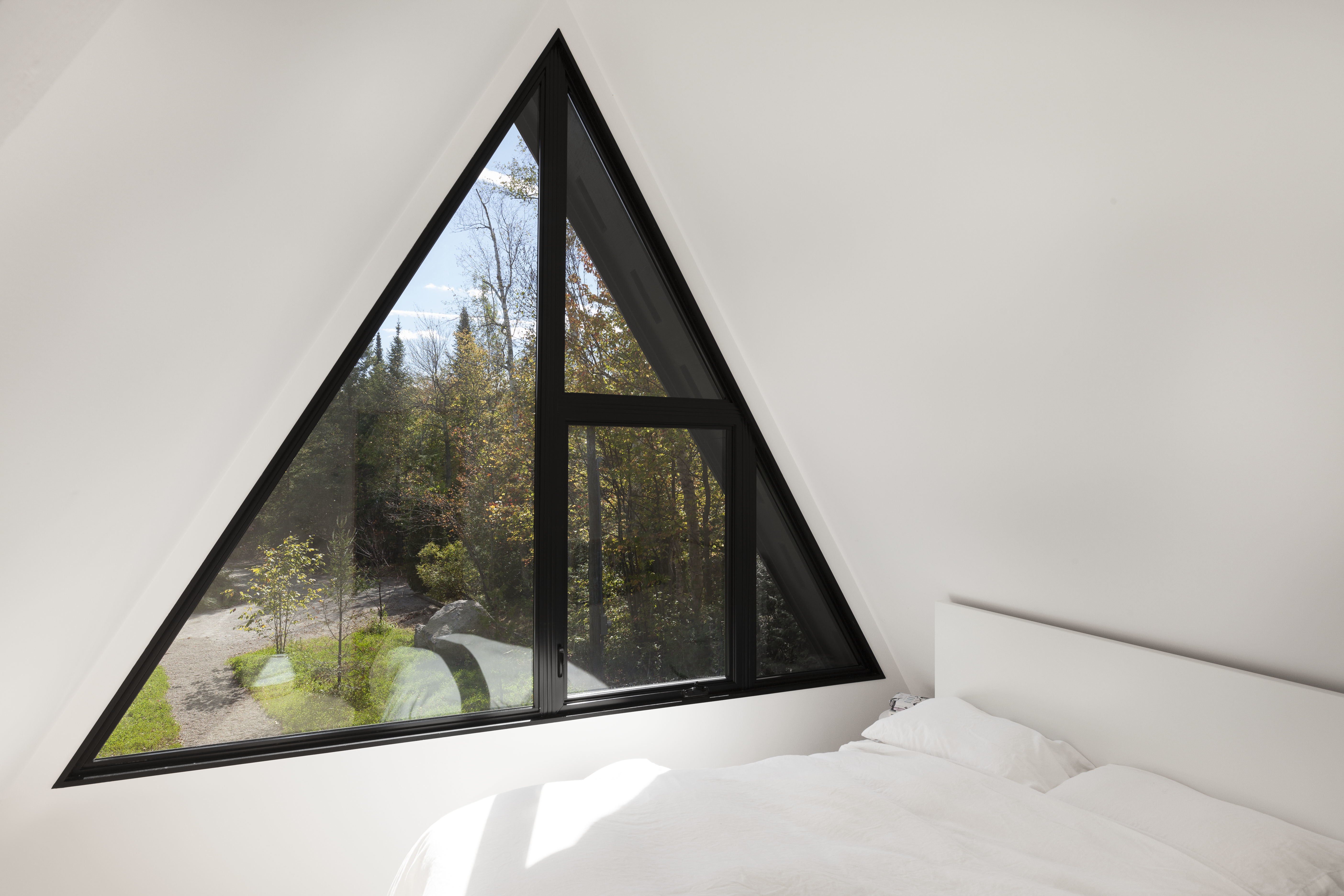 Conversion of an A-frame house by Jean Verville | STYLEPARK
