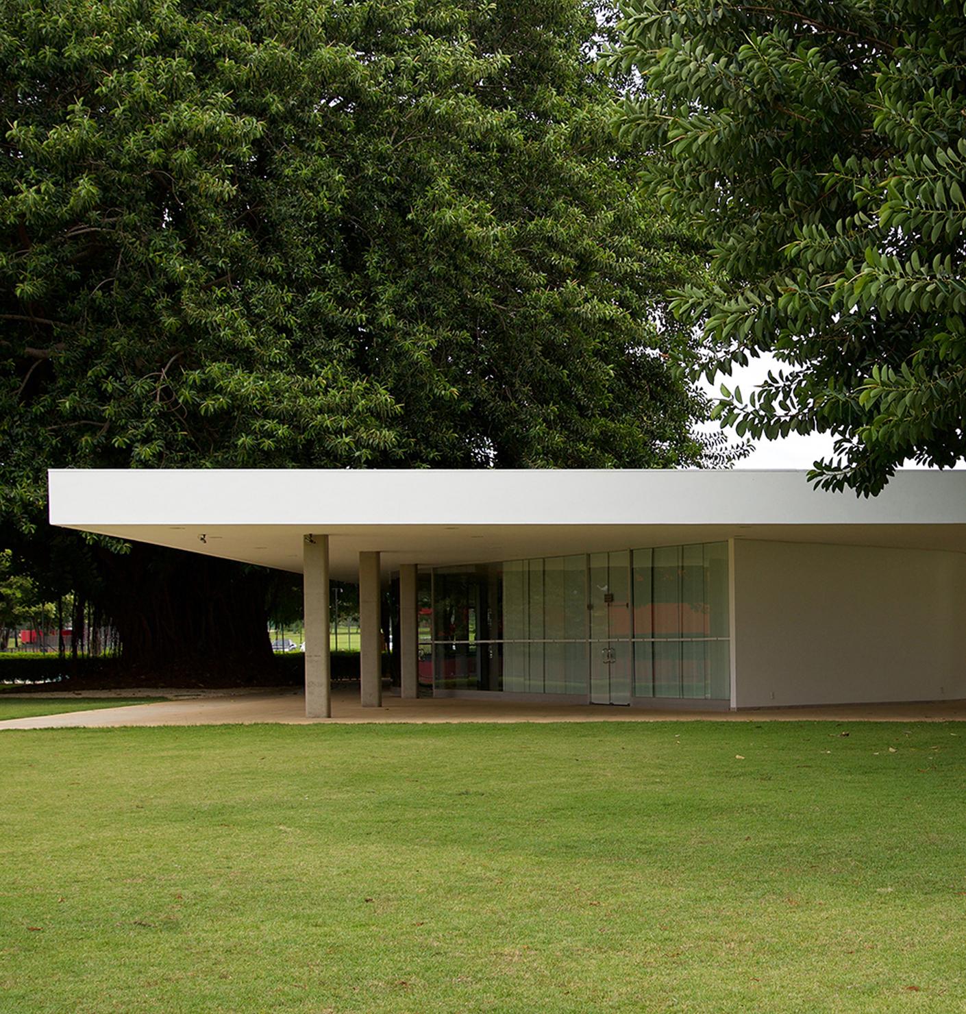 443d8125ac97ab A night in Brasil s modernism  hotels by Oscar Niemeyer