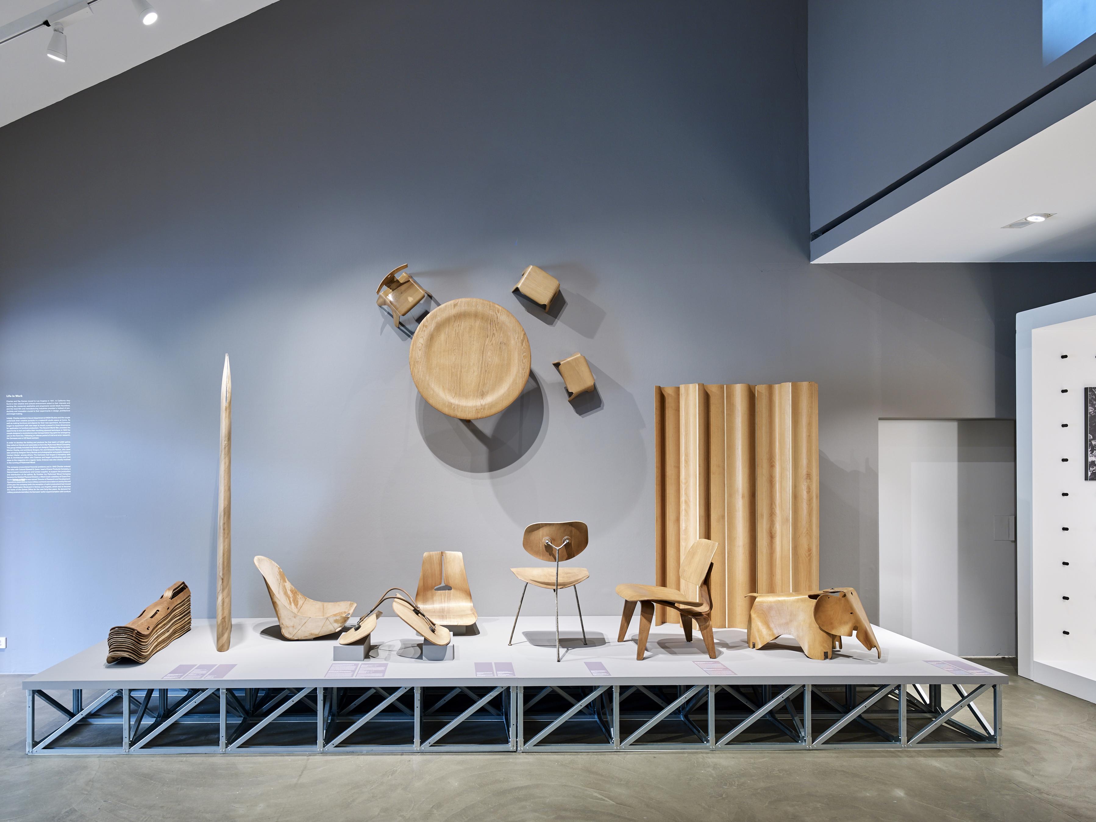 Ausstellungsbesprechung an eames celebration stylepark for Vitra design museum