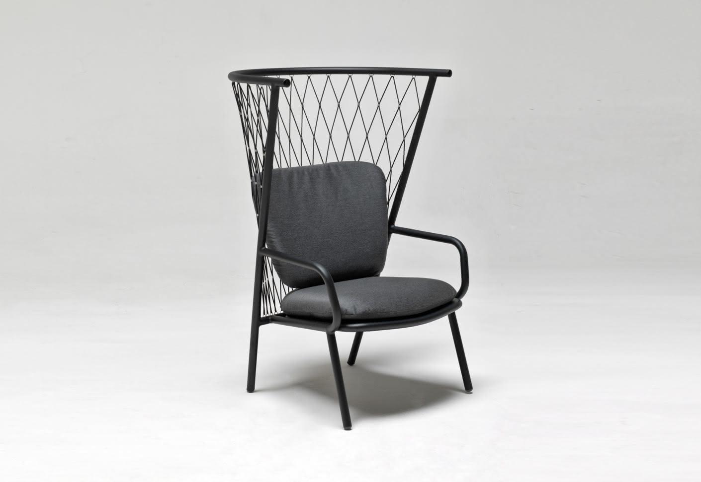 nef sessel mit hoher r ckenlehne von emu stylepark. Black Bedroom Furniture Sets. Home Design Ideas