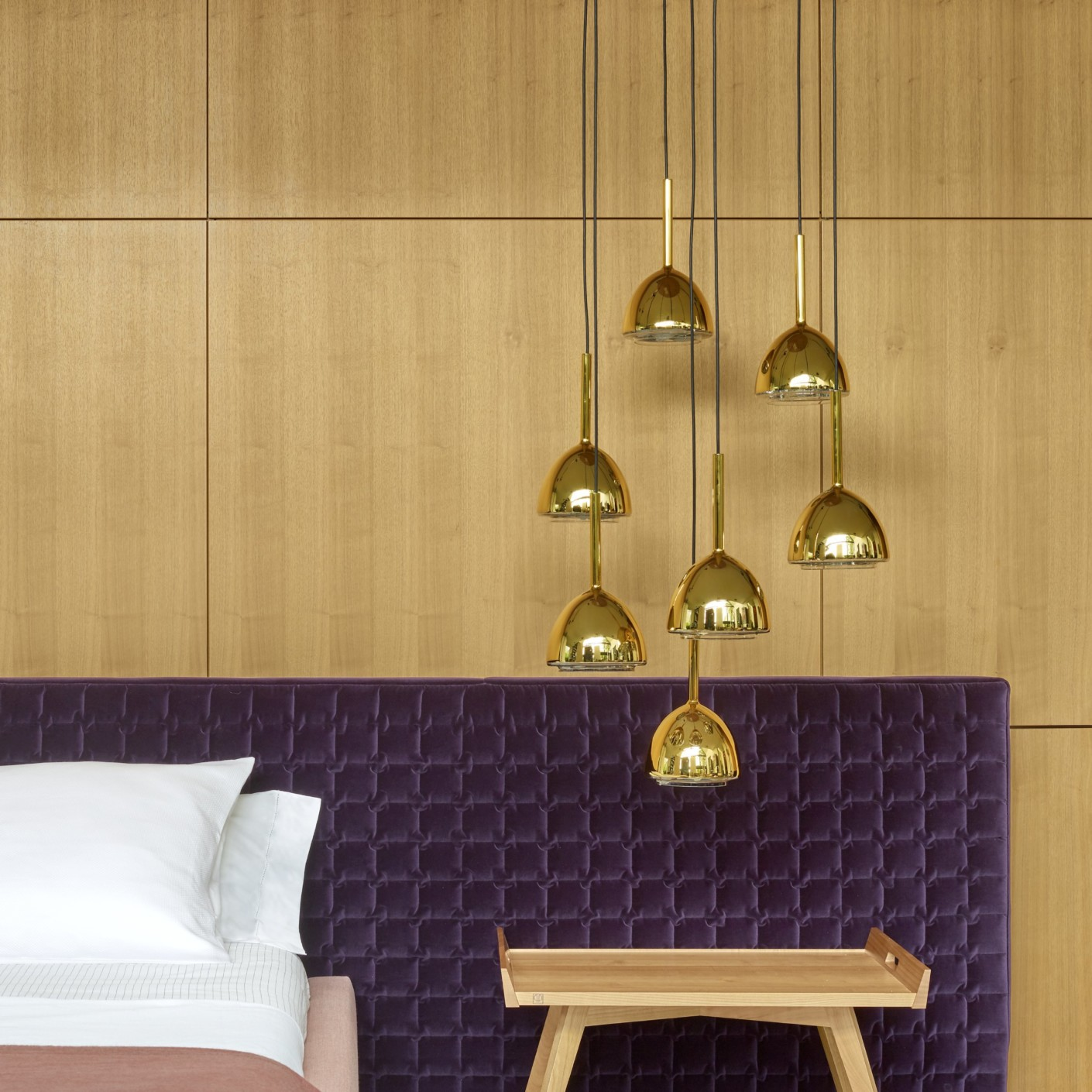 brass bell suspeding lamp by ligne roset stylepark. Black Bedroom Furniture Sets. Home Design Ideas