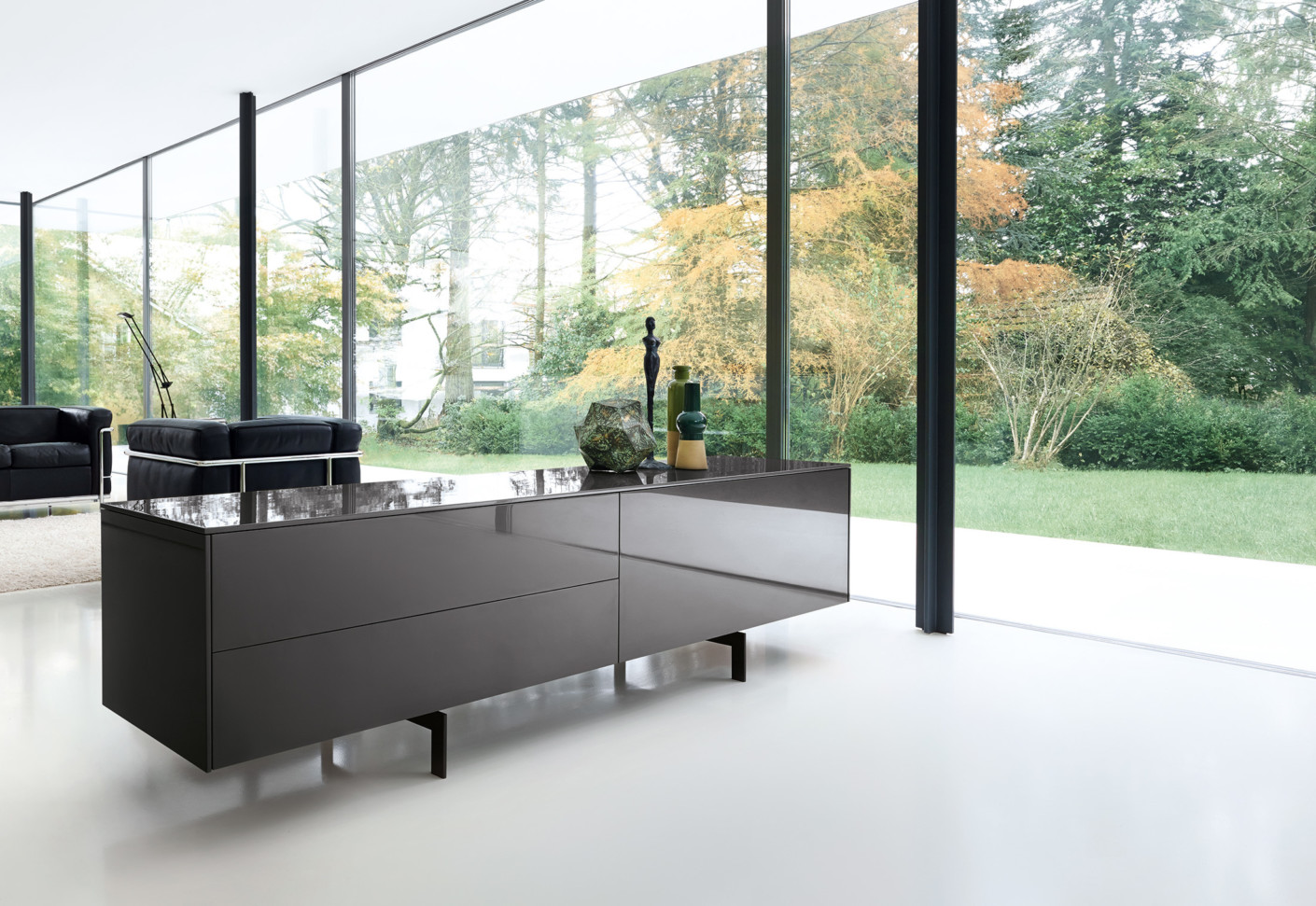line sideboard by piure stylepark. Black Bedroom Furniture Sets. Home Design Ideas
