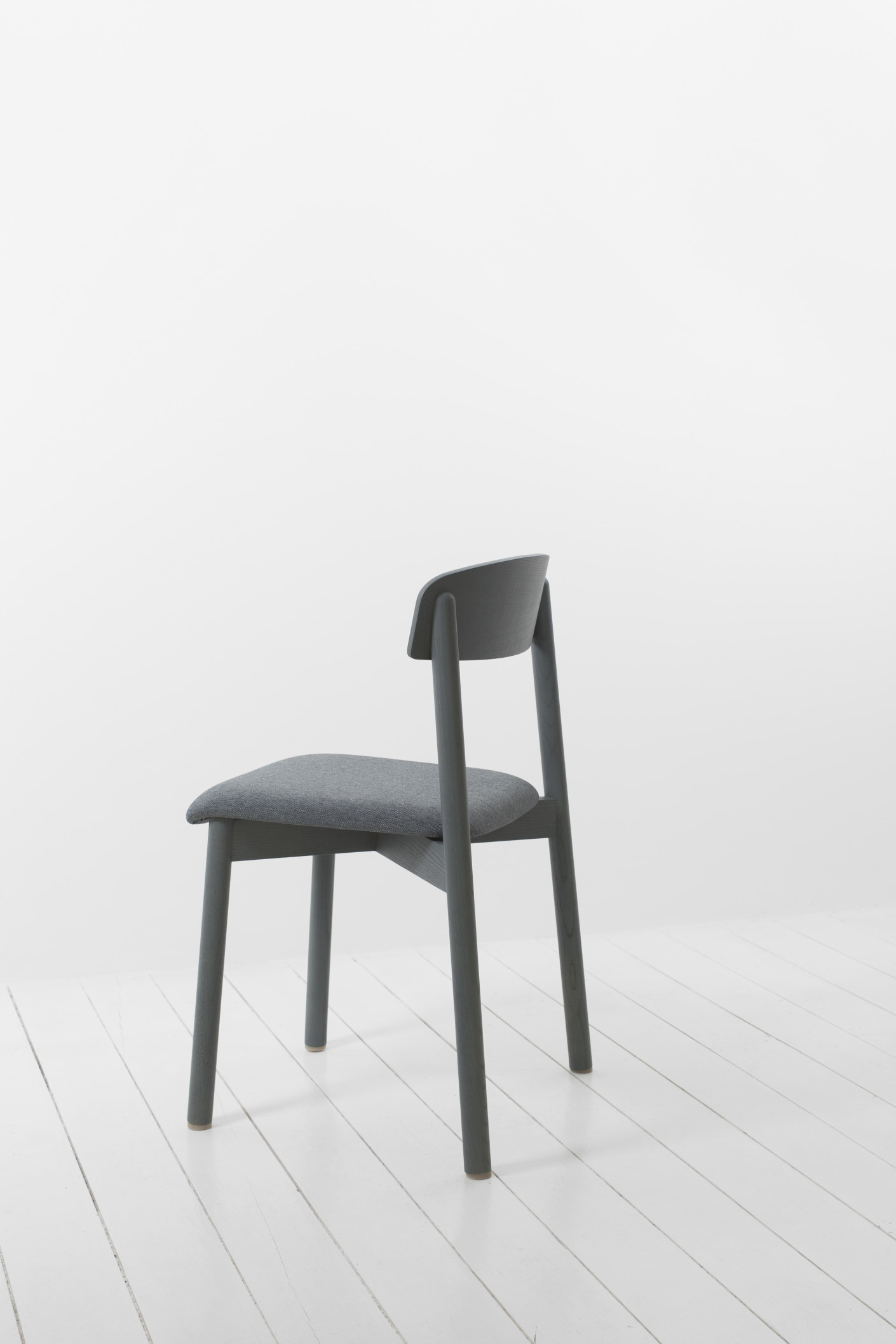 profile chair von stattmann neue moebel stylepark. Black Bedroom Furniture Sets. Home Design Ideas