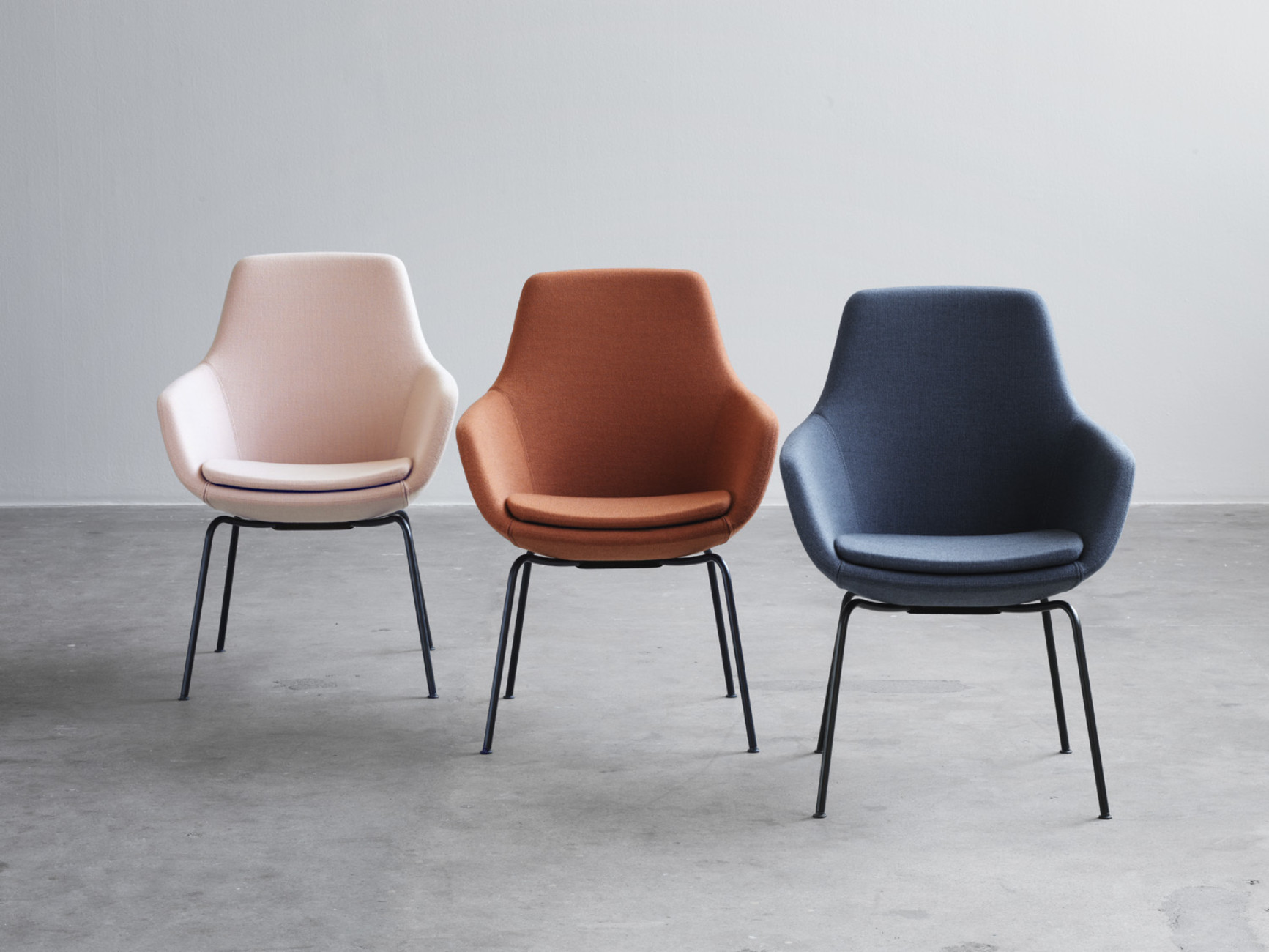 "Arne Jacobsen designed ""Little Giraffe"" in 1959 for his epoch-making SAS Royal Hotel – now the chair is going into series production at Fritz Hansen."