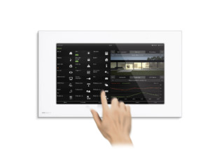 Control 19 Client  by  Gira