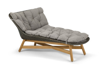 MBRACE daybed  by  DEDON