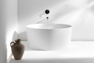 Val bath tub  by  Laufen