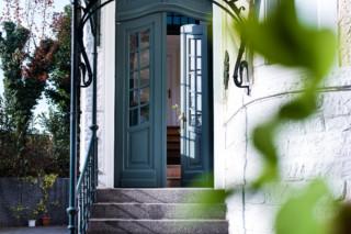 Haustüren im Landhausstil  von  ComTür