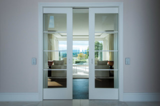 Sliding doors with style  by  ComTür
