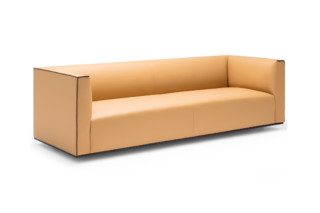 Grand Raglan three-seater  by  Andreu World