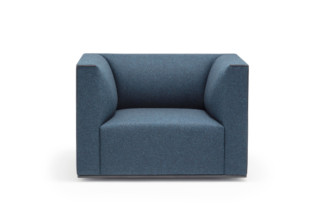 Grand Raglan armchair  by  Andreu World