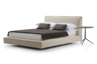 RICHARD Bed  by  B&B Italia