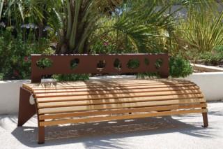 Green Palacio bench  by  CYRIA