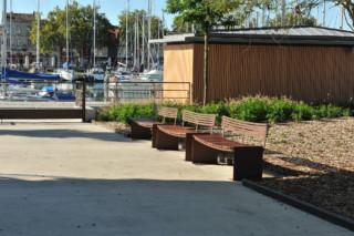 Manta bench  by  CYRIA