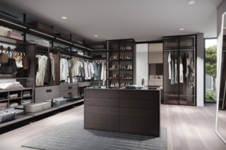 Walk-in wardrobe - Interior systems Uno and Legno, aluminium frame hinge door RPS   by  raumplus