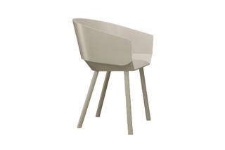 HOUDINI Stuhl mit Armlehne  von  e15