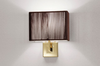 Clavius wall with bracket  von  Axolight