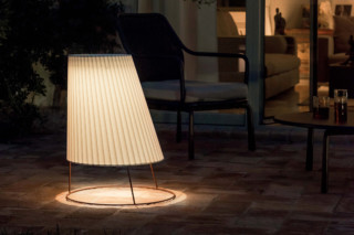 Cone Big floor standing lamp  by  Emu