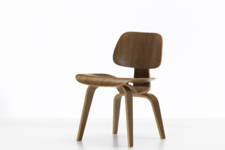 DCW  by  Vitra