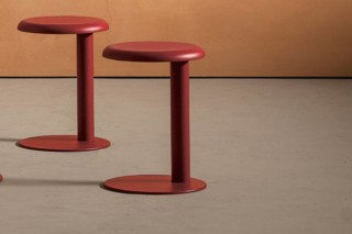Strong stool  von  Desalto