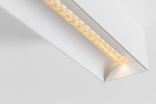 Drupl 70 curved office compliant  von   Modular Lighting Instruments