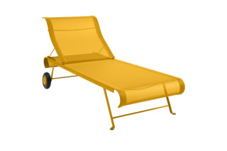 Dune sunlounger  by  Fermob